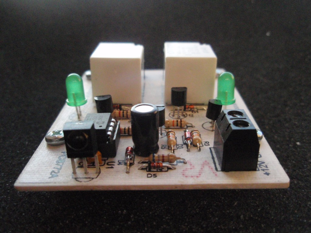 2 Channel Ir Relay Controller Simple Remote Switch Circuit My Circuits 9