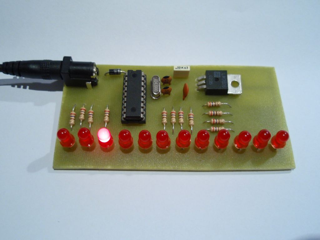 Led Chaser Circuit Board Project Operating