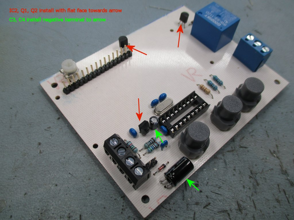 Low Voltage Detection Battery Protection Controller Cutoff Circuit With Timer Electronic Circuits Free This Photo Shows The Assembled Board Note Orientation Of Transistors Q1 Q2 And Regulator Ic2